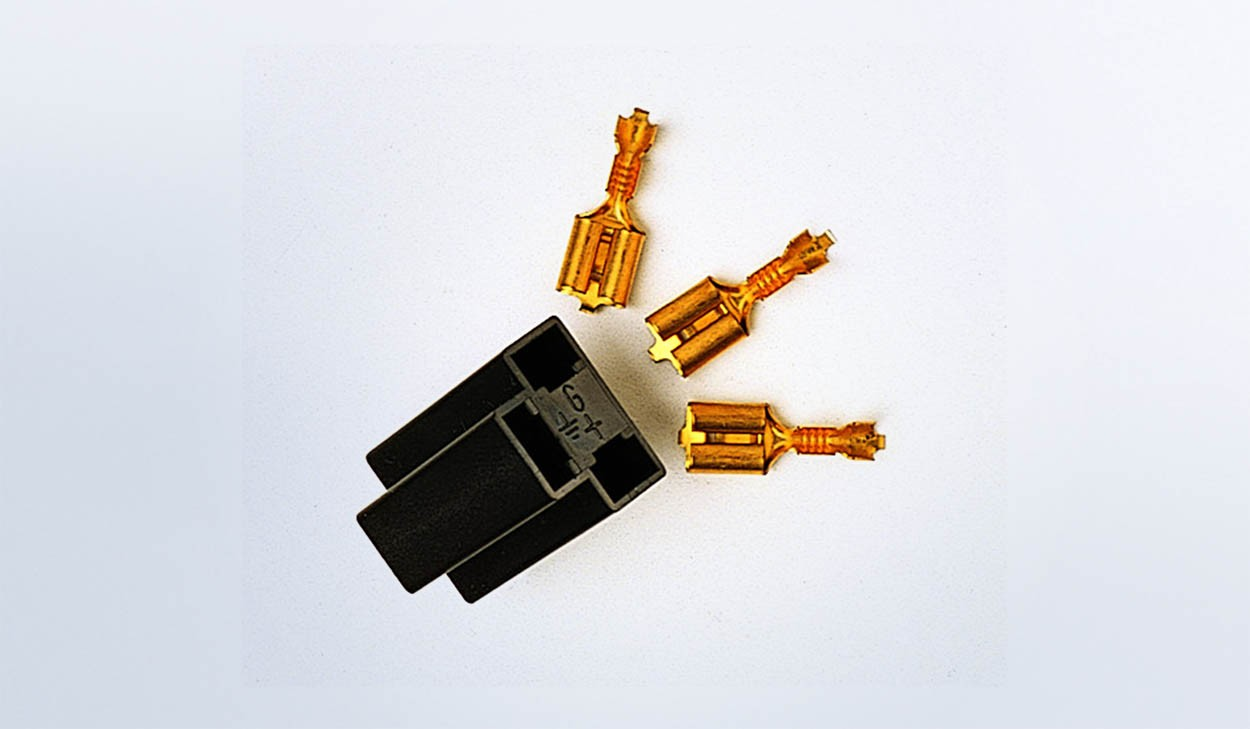 3 prong Connector for Vision & Cockpit Series