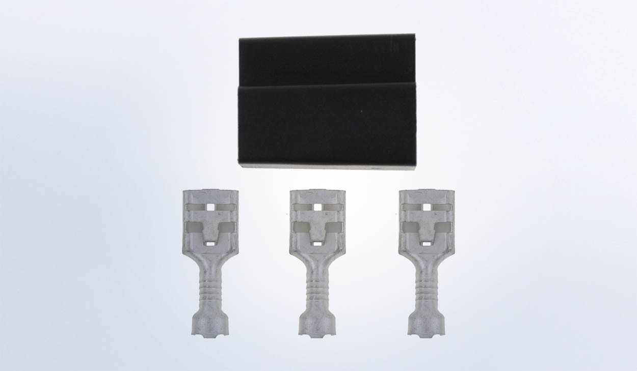 3 prong Connector with Terminals